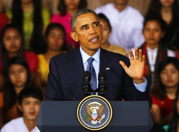 U.S. President Barack Obama delivers an address to the Young Southeast Asian Leaders Initiative in Yangon November 14, 2014.  REUTERS/Damir Sagolj
