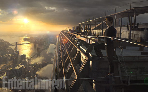 Joseph Gordon-Levitt walks a thin tightrope in 'The Walk' - exclusive image