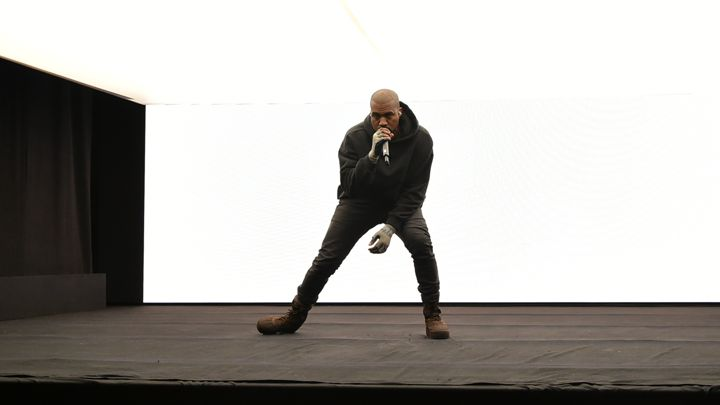 "Kanye West Debuts ""All Day"" At Brit 2015 Awards"