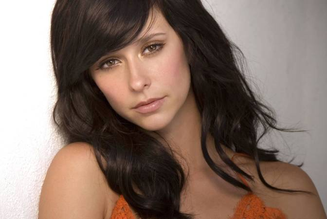 Jennifer Love Hewitt (Age 35)
