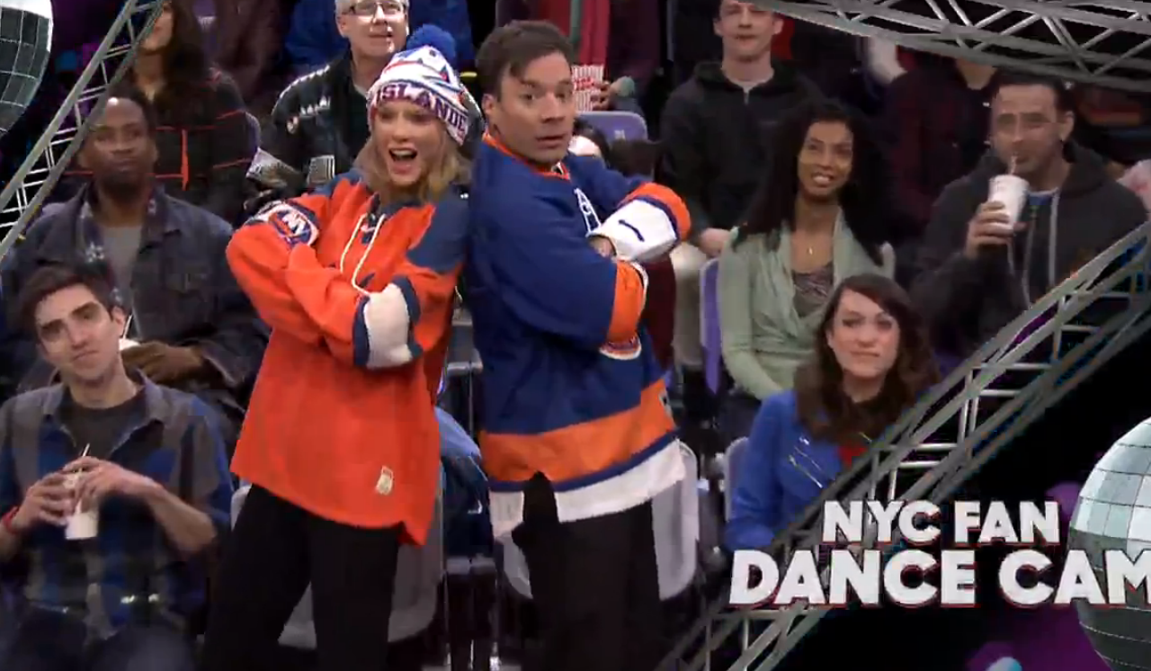 Taylor Swift, Fallon Do the Robot, Sprinkler in 'Jumbotron Dancing' Bit