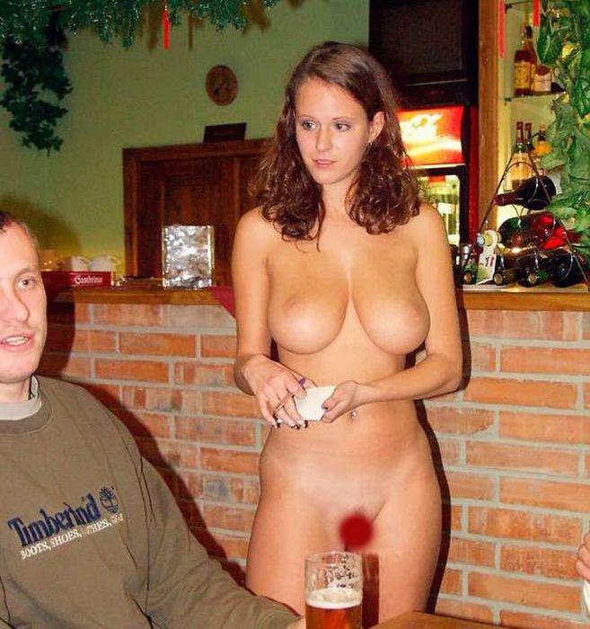 Голые официантки фото 47794 фотография