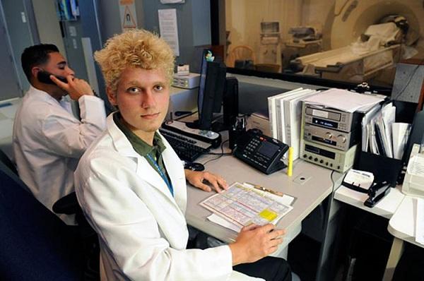 Dr. Richard Isaacs: Kaiser's summer internship program