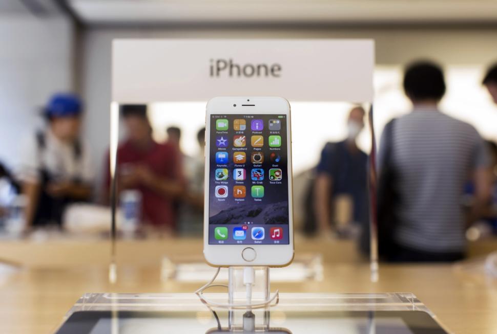 iPhone isn't really 16 GB