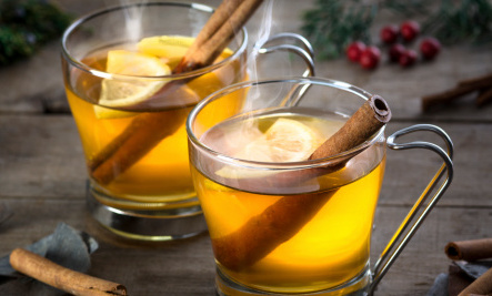 5 Healthy Drinks to Squash Holiday Stress