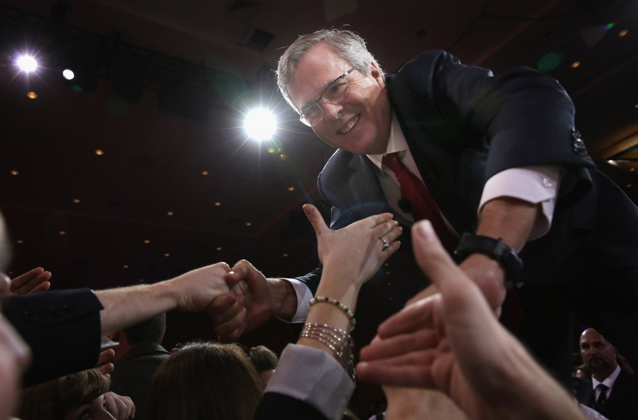 Former Florida governor Jeb Bush shakes hands with attendees after speaking at the 42nd annual Conservative Political Action Conference (CPAC) February 27, 2015 in National Harbor, Maryland.  <div id=