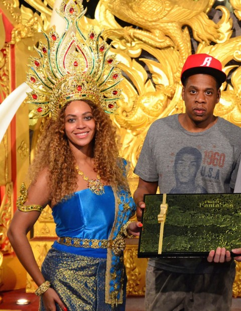 Beyoncé and Jay Z Get All Dressed Up During Thailand Visit