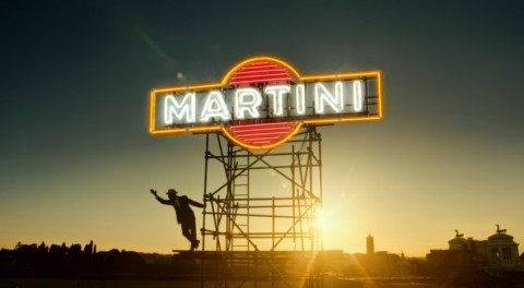 Desire Begins Change Through the Streets of Rome - Martini