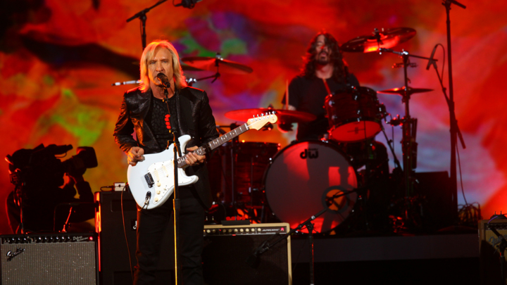 Joe Walsh on His 'Sonic Highways' Appearance: 'I'm an Honorary Foo Fighter'