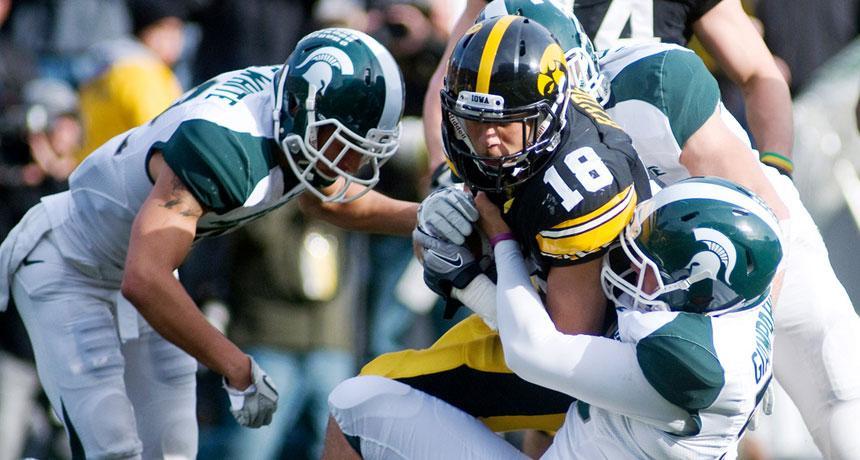 Magnets in helmets might make football safer