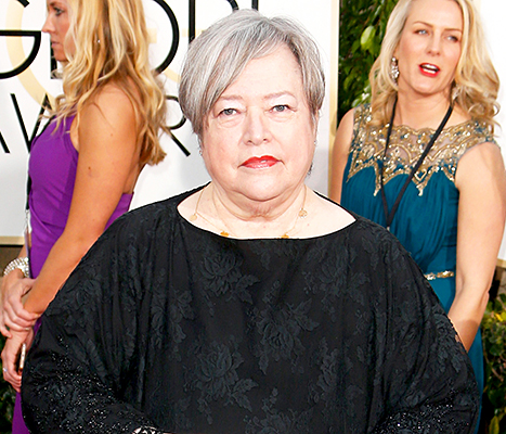 Kathy Bates Injured, Screams Out in Pain at Golden Globes 2015