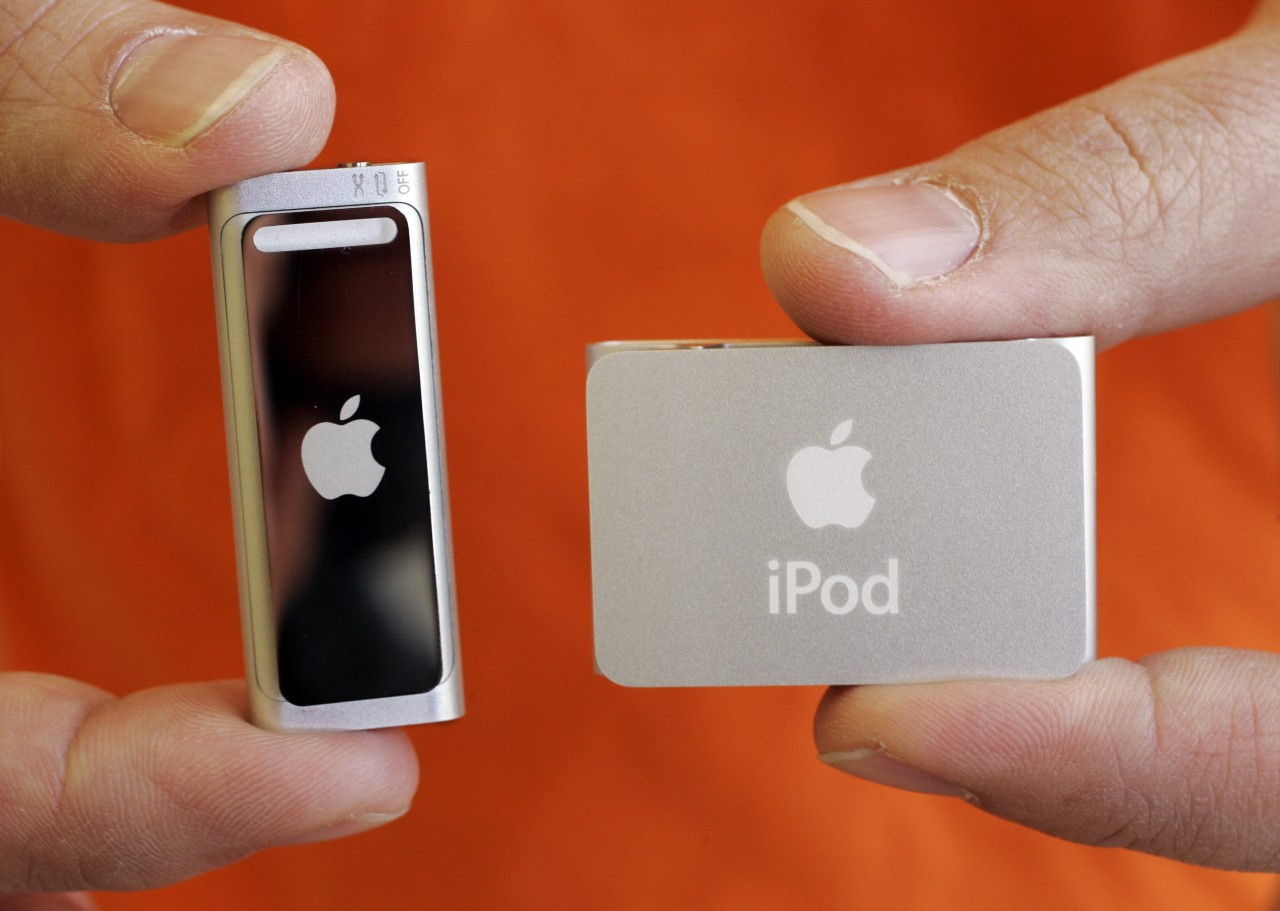 Apple presents evidence that plaintiffs did not purchase iPods covered by lawsuit