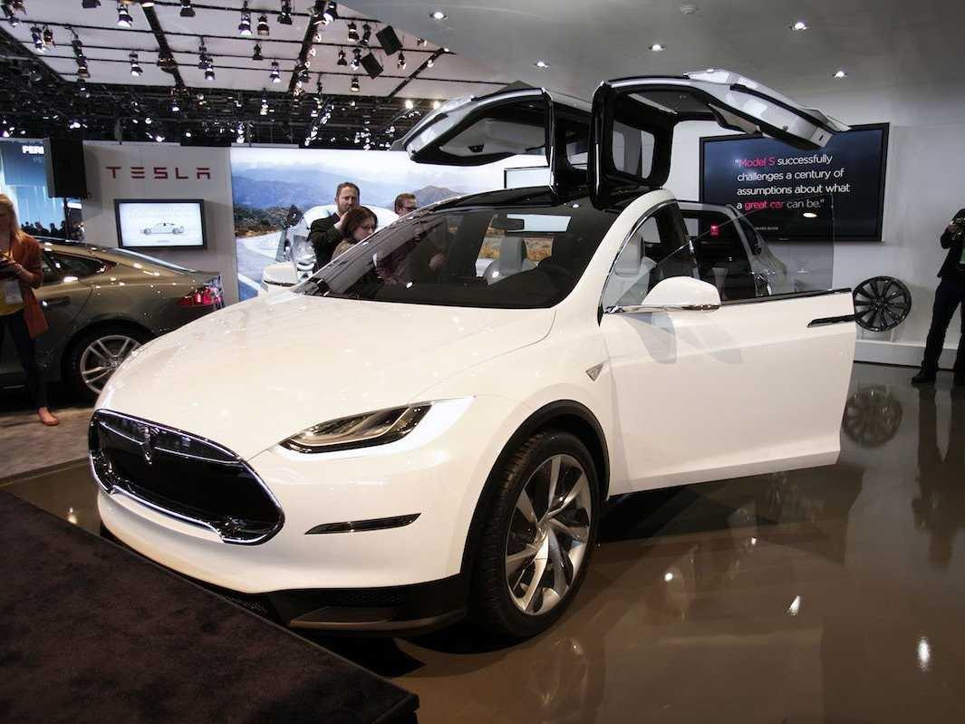 Tesla Is Getting Destroyed