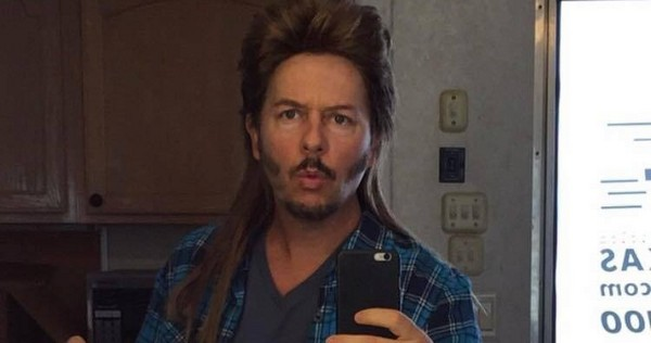 First Look at David Spade in 'Joe Dirt 2'