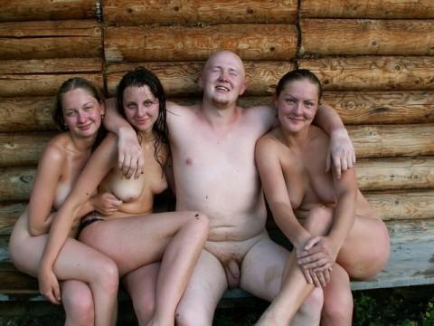 фото семьи голой