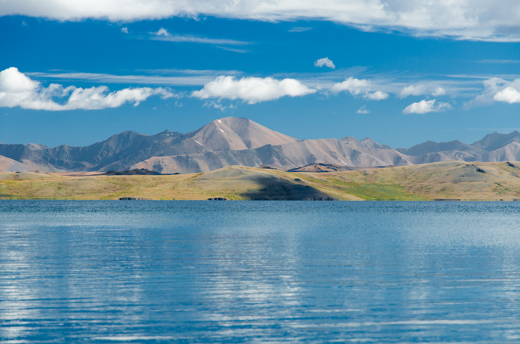 Uvs Nuur Basin: vast steppes and picturesque lakes