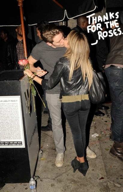Sarah Hyland Plants One On Her Adorable New Boyfriend!