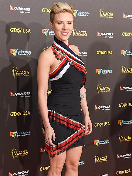 Scarlett Johansson Shows Off Post Baby Body