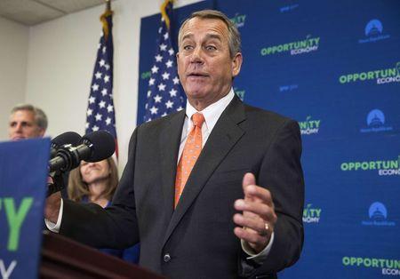U.S. conservatives urge Boehner to hold firm on immigration