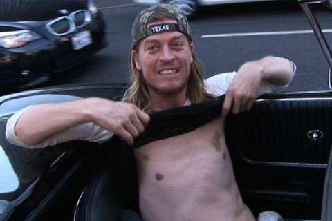 Puddle of Mudd Singer Arrested for Riding Baggage Carousel