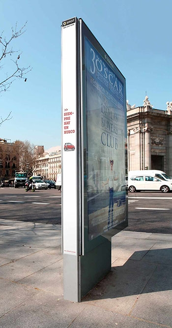 14 Brilliant Outdoor Ads That Rocked the Real World in 2014
